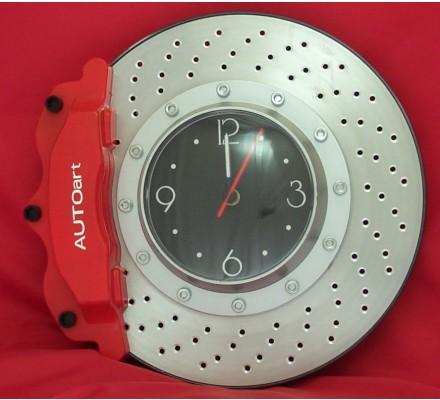 Horloge forme frein à disque